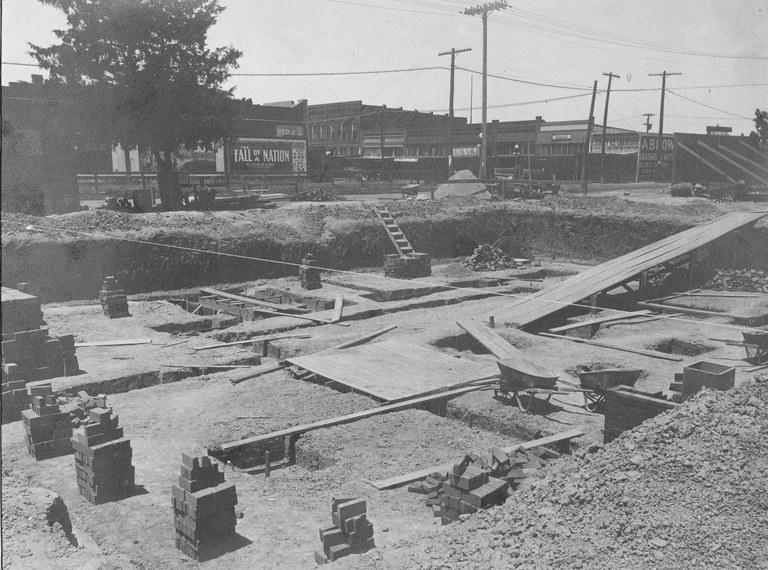 Construction 1916