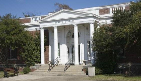 Library Photo (Resa)