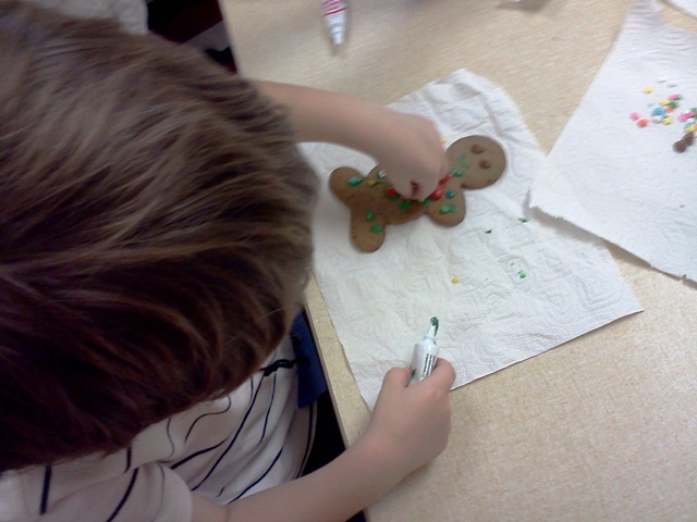storytime cookie decorating 8